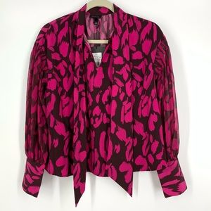 Who What Wear Painted Animal Tie Neck Blouse Sz Sm